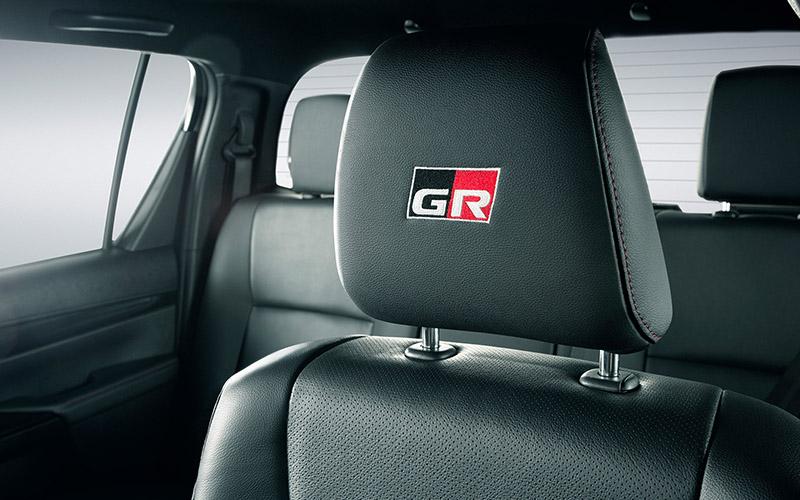 Nuevo Toyota Hilux GR Sport para Comprar en Concesionario Oficial Toyota Sarthou en Buenos Aires y Tigre, AR