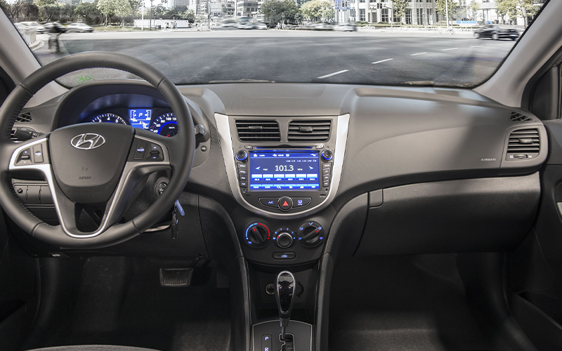 Nuevo Hyundai Accent HB para Comprar en Concesionario y Reventa Autorizada Curifor en Chile, CL