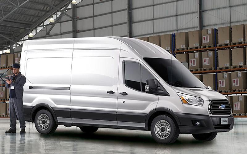 Nuevo Ford Transit para Comprar en Concesionaria Curifor en Chile