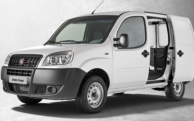 Novo Fiat Doblò Cargo para Comprar na Concessionária Fiat Automotive em Rio de Janeiro, RJ