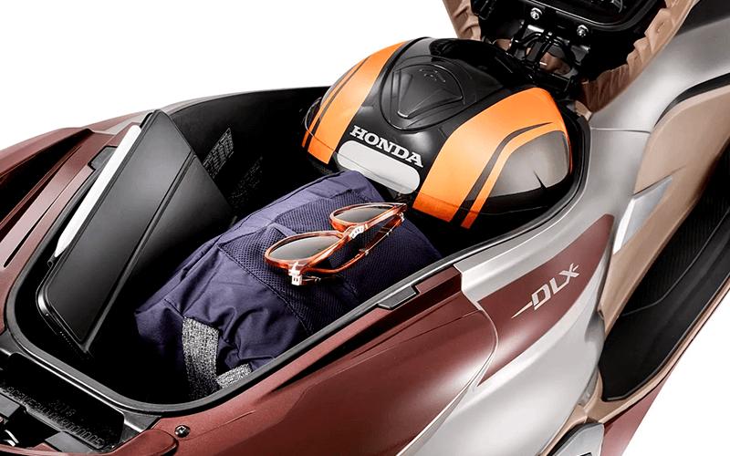 Nova Honda PCX para Comprar na Concessionária Autorizada Valecross Honda no Rio Grande do Sul, RS